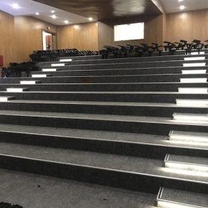 konferans salonu tamiri